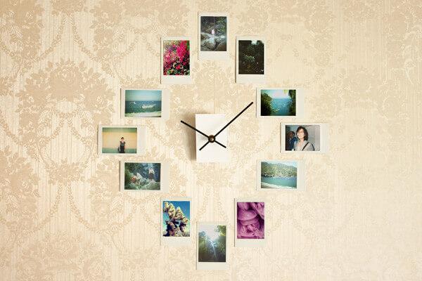 Коллаж из фотографий вокруг часов