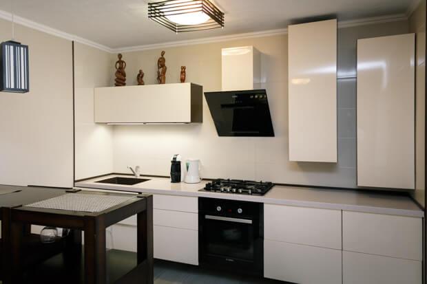 Готовый дизайн-проект кухни, совмещённой с гостиной